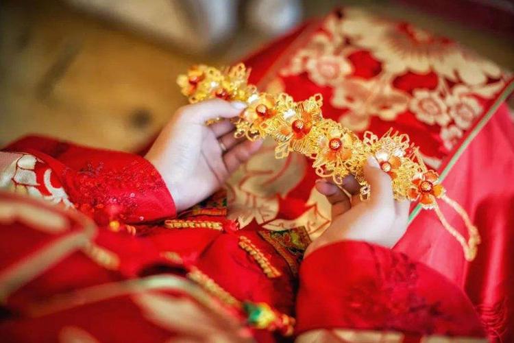 【晚8点红包】你被父母催婚过吗?被催婚是一种什么样的...